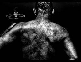 Hva er forskjellen mellom akutt og kroniske ryggsmerter?