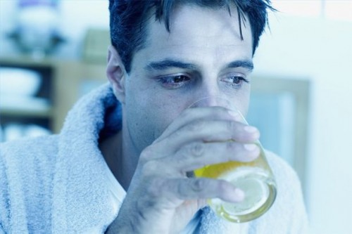 Hvordan Hydrate en Hangover
