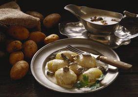 Hvordan å høste poteter i en Bucket