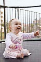 Stadier av Early Child Development Ages null til fem år