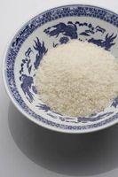 Hva er ernæring fakta på en porsjon hvit ris?