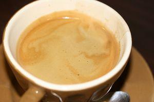 Kan koffein forårsake perifer nevropati?