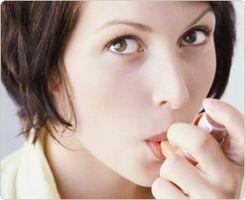 Hva er årsaken til Adult Astma?