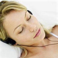Hvordan virker Musikk påvirker måten en person som sover?
