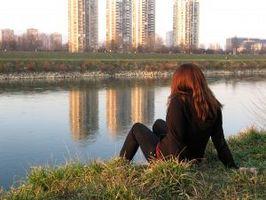 Hvordan å nyte å være alene