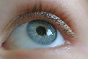 Hvordan forbedre Vision Ved hjelp av en Natural Eye flytere Treatment