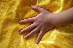 Tegn og symptomer på Juvenile Psoriasis artritt