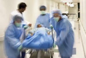 Hvordan å opprettholde Chest Tubes Under transport av en pasient