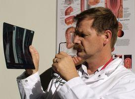 Forskjellen mellom røntgen og CT Skanner