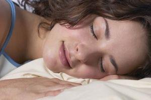 Hvordan å sove med en skulder Sling På