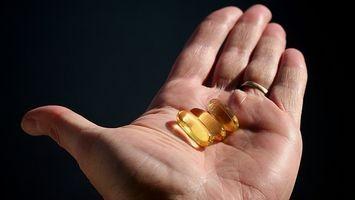Kan du bryte vitaminer i to før å ta?