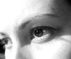 Hvordan redusere Puffy Eyes fra Hay Fever