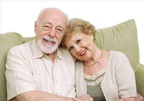 Når bør en Alzheimers pasient bli satt i en pensjonisttilværelse hjemme?