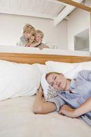 Hvordan vekke folk opp fra sove