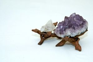 Hvordan bruke Aborigine Crystal Healing Stones
