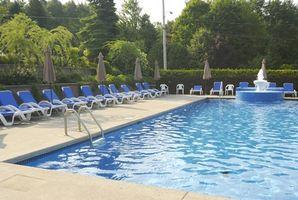 Hva er farene av klor i oppvarmede svømmebassenger?