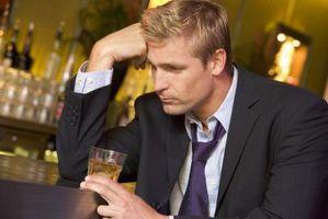 Hvordan kan jeg hjelpe min kjæreste med hans alkoholproblem?