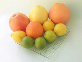 Hvordan Lose jeg vekt med sitron, lime, appelsiner og grapefrukt juice?