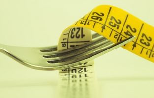Hvordan å miste vekt ved å spise linfrø