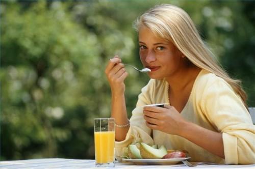 Hvordan etablere matvaner Når Gjenopprette Fra Anoreksi