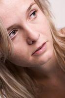 Hva er årsakene til plutselig håravfall hos kvinner?