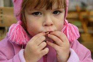 Billig sunn snacks for barna