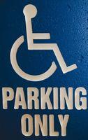 Slik skaffer en handikappet Mirror Plakk