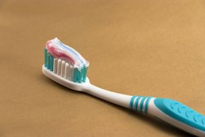 Verktøy for rengjøring av tenner