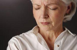 Tegn og symptomer på Ovarian cyster etter overgangsalderen