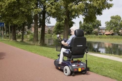 Hvordan få en elektrisk scooter gjennom Medicare