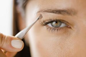 Behandlinger for Inngrodde Eyelashes