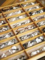 Forskjeller mellom plast og polykarbonat linser