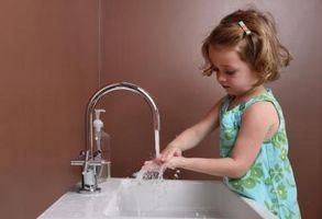 Hvordan å teste hjemme drikkevann