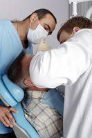 Hvordan bli en pasient av en tannlege skolen