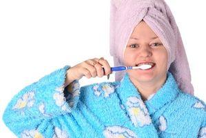 Hva gjør Baking Soda Clean Teeth?