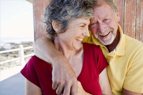 Hvordan hjelpe en Senior med Memory tap