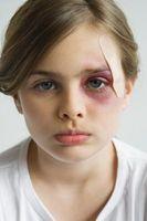 Hva slags problemer har misbrukt barn går gjennom som de vokser opp?