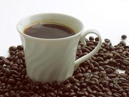 Hvordan å drikke kaffe for å miste vann vekt