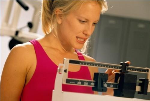 Hvordan bruke affirmasjoner for å miste vekt