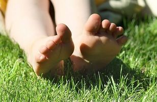 Hvordan behandle en tånegl Injury