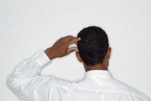 Hva er årsakene til tørre hvite flekker av hud med kløe?