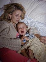 Måter å berolige en Baby Hoste
