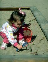 Hva kan jeg bruke til å holde katter ut av mitt barns Sandbox?