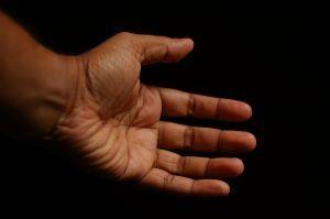 smerter i håndledd etter fall