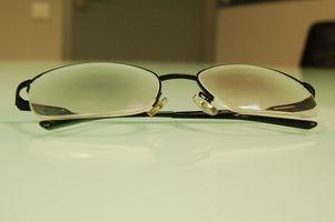 Hvordan reparere en ripe på Transition Brilleglass