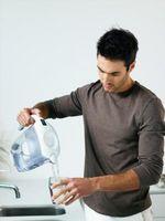 Hvordan lage din egen overlevelse Vann renseanlegg