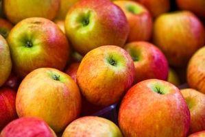Hvordan bruke Apple Cider Eddik å berolige en sår hals