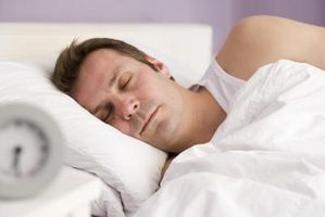 Behandling for Munntørrhet Fra puste gjennom munnen mens du sover