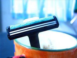 Hvor lenge kan du bruke et barberblad?