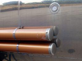 Hvordan gjennomføre Underground Gas Station Tank Inspeksjoner